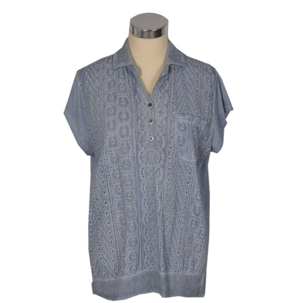 Short sleeve lace front shirt
