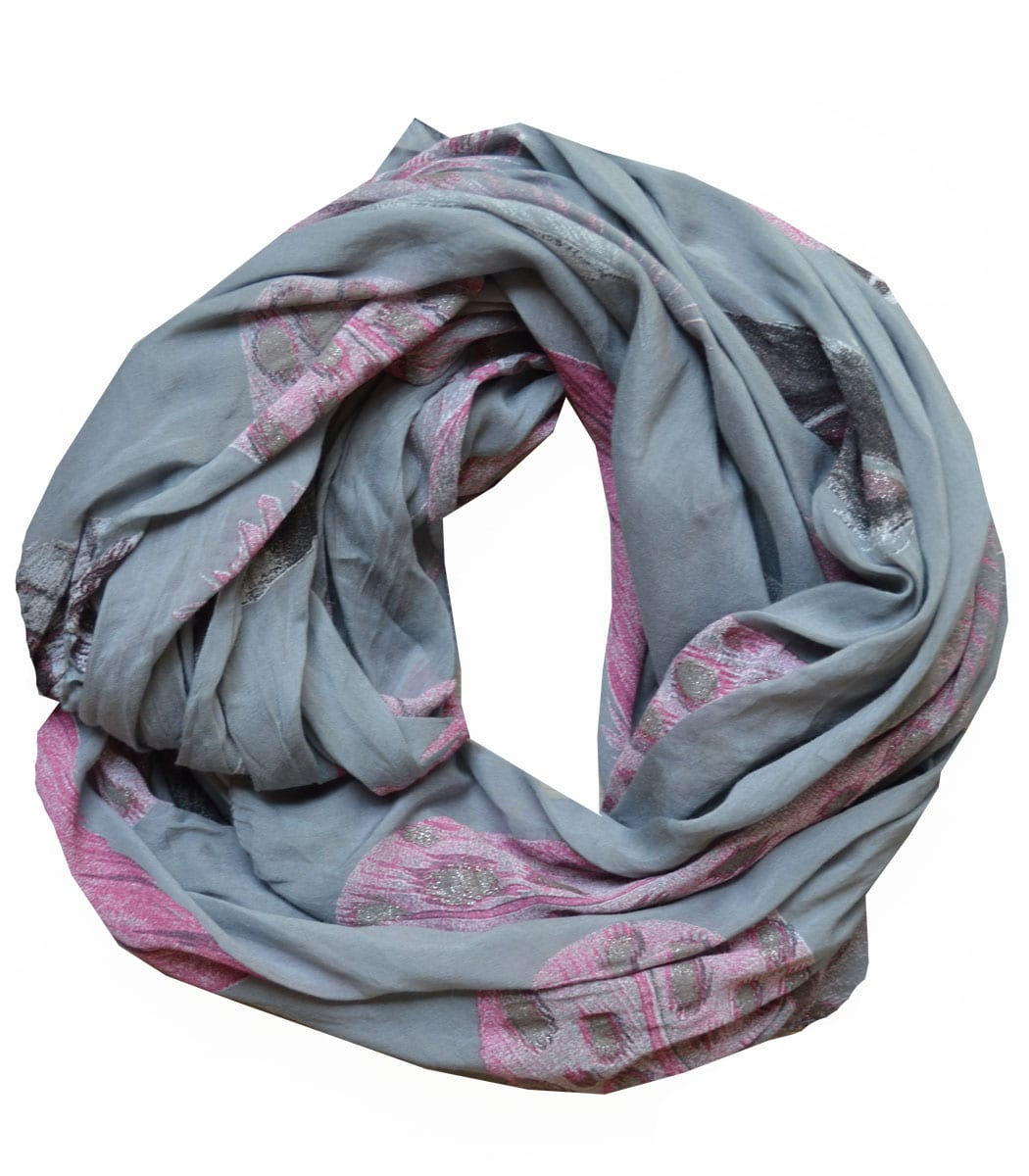Giant feather print scarf