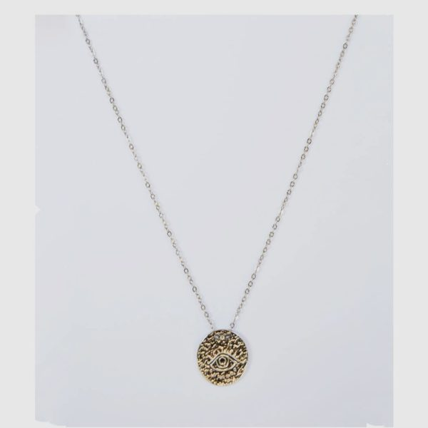 Fine chain eye pendant necklace
