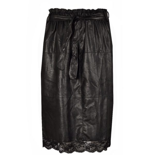 Leatherette lace hem skirt