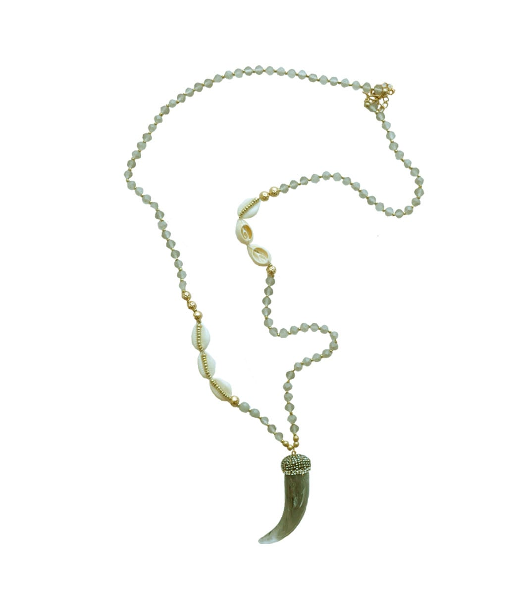 Horn shell necklace