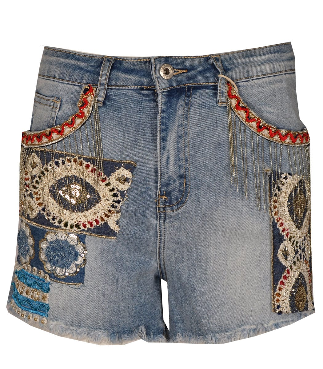 Chain detail embroidered shorts
