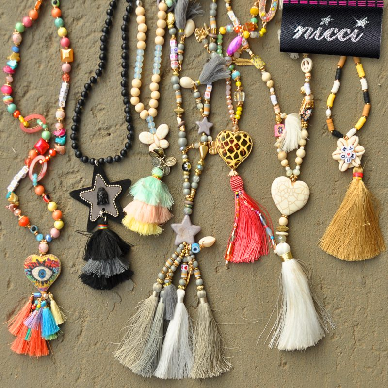 Amour shell tassel necklace