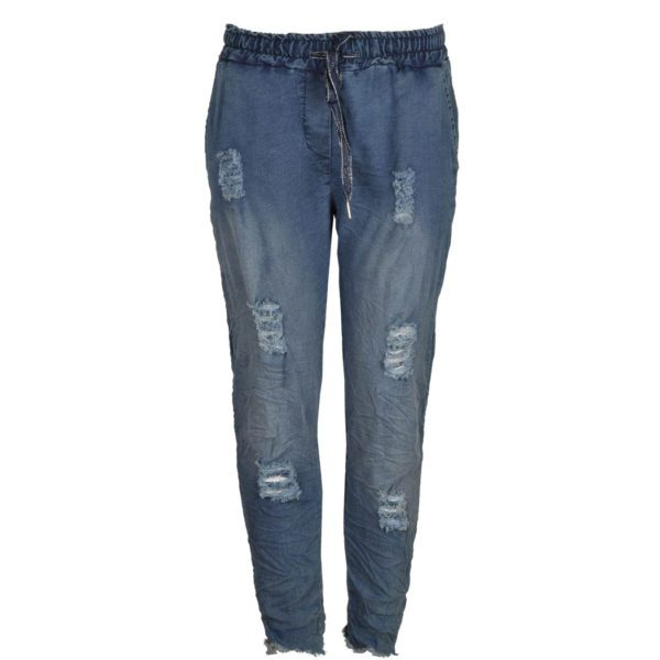 Ripped raw-edge jeans